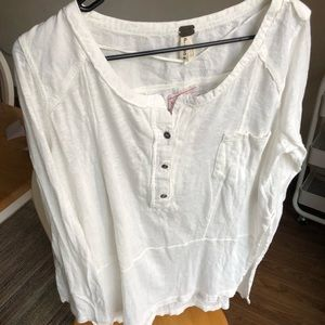 Free People white long sleeved shirt